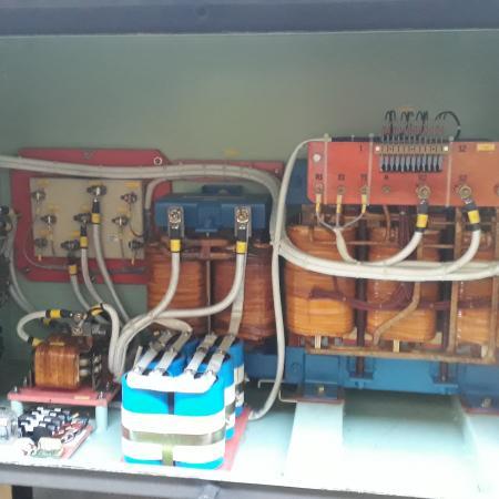 Mantenimiento de equipos eléctricos de potencia